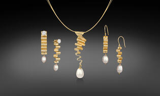 Lightweight 14K Gold Ribbon Candy & Pearl Earrings and Necklace