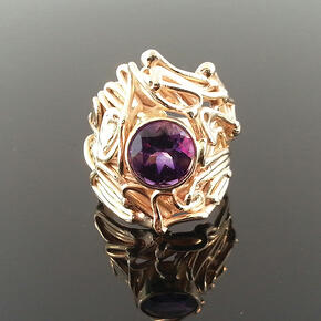 Gold Freestyle Ring with Amethyst