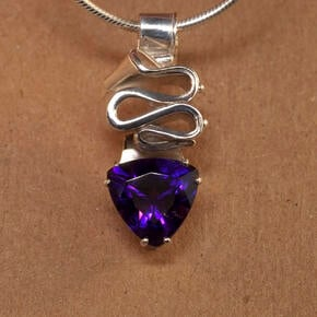 Silver Ribbon Candy Pendant with Amethyst